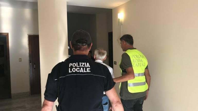 Sgomberato alloggio occupato abusivamente a Via Cagliari e restituito all'anziano legittimo proprietario