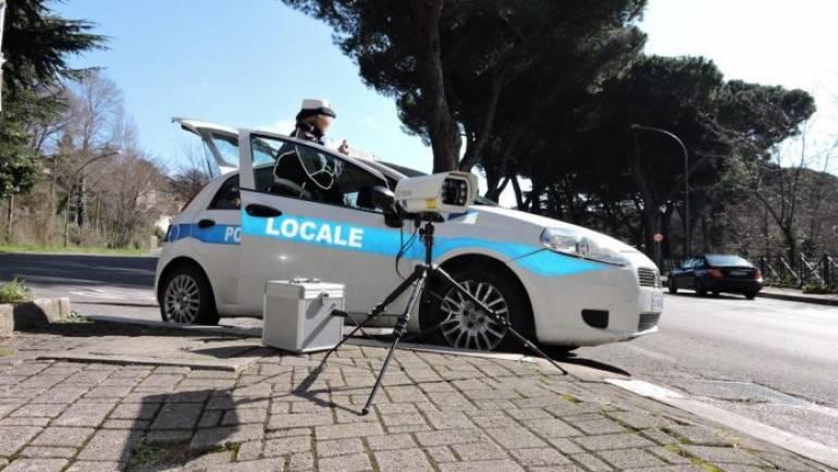 Ciampino, Carabinieri e Polizia Locale fermano auto rubata grazie a targa system