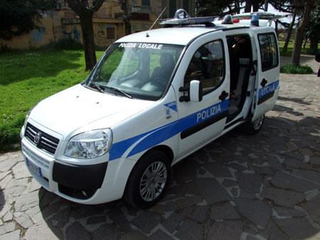 CARABINIERI E POLIZIA LOCALE SGOMBERANO UN CAMPO NOMADI ABUSIVO SORTO AL CONFINE CIAMPINO/MARINO