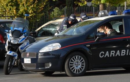 Carabinieri e Polizia Locale arrestano due ladri d'appartamento