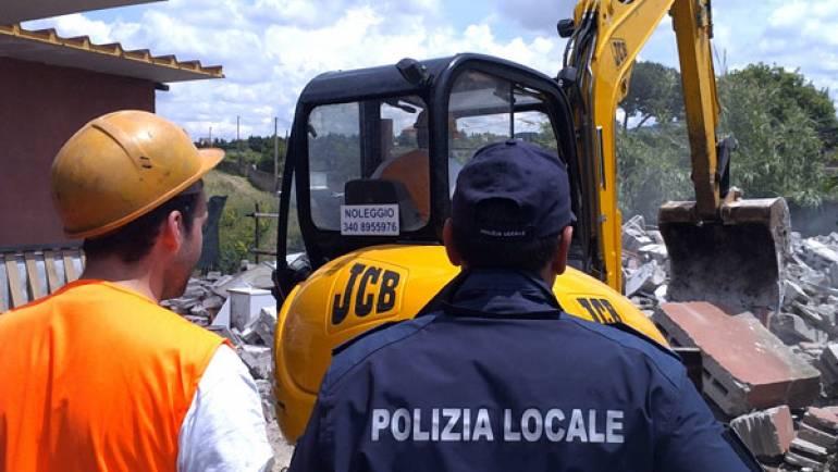 Ciampino: demolita villetta abusiva