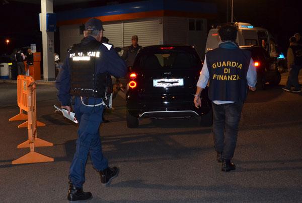 CIAMPINO: MAXI OPERAZIONE DI SICUREZZA STRADALE NEL WEEKEND DA PARTE DI GUARDIA DI FINANZA E POLIZIA LOCALE