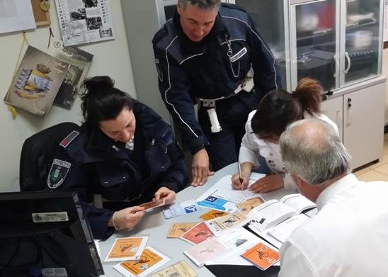 """Ciampino: stazione FS e """"furbetti del pass invalidi""""; un binomio che tristemente si ripete. Ieri la Polizia Locale ne ha ritirati 12 su 15"""