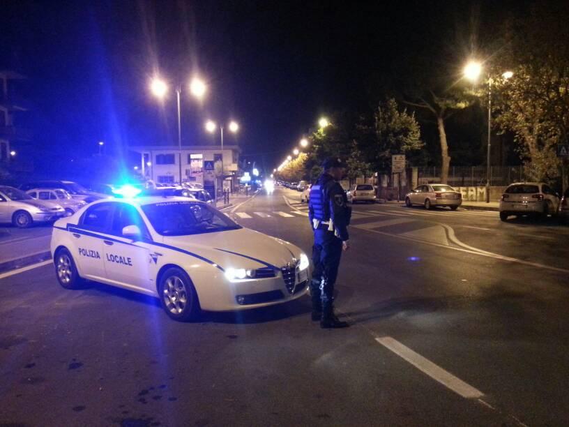 """Ciampino: la Polizia Locale sequestra un'altro furgone diretto al campo nomadi """"La Barbuta"""" grazie al """"Targa System"""""""