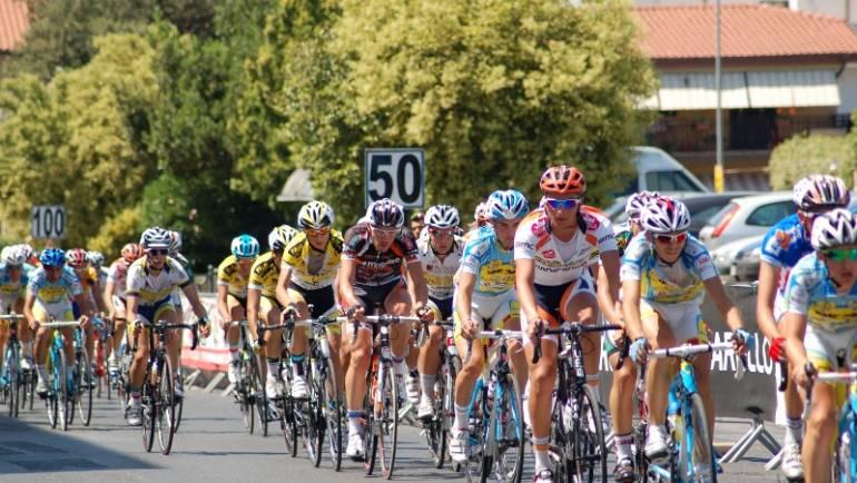 """Gara ciclistica """"Memorial Cingolani"""". Modifiche alla viabilità nei comuni di Ciampino, Roma, Marino e Castel Gandolfo domenica 31 maggio 2015"""