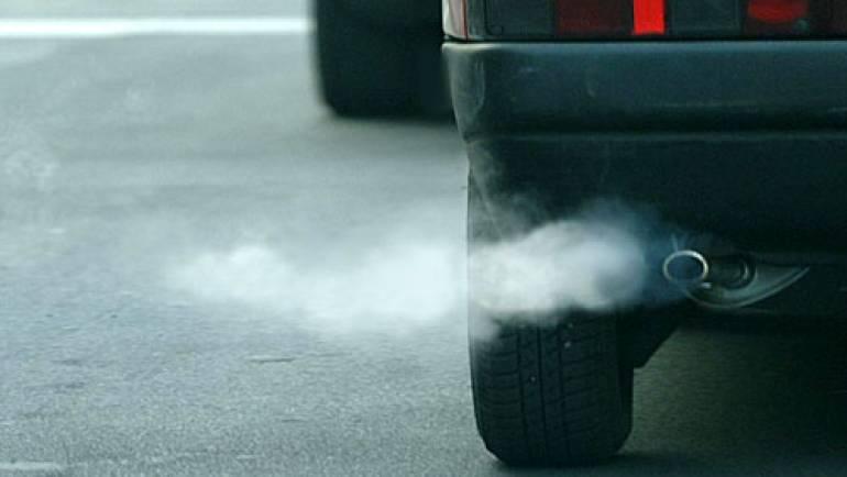 Smog: limitazione alla circolazione con targhe alterne. STOP alle targhe dispare lunedì 28/12. STOP alle targhe pari martedì 29/12