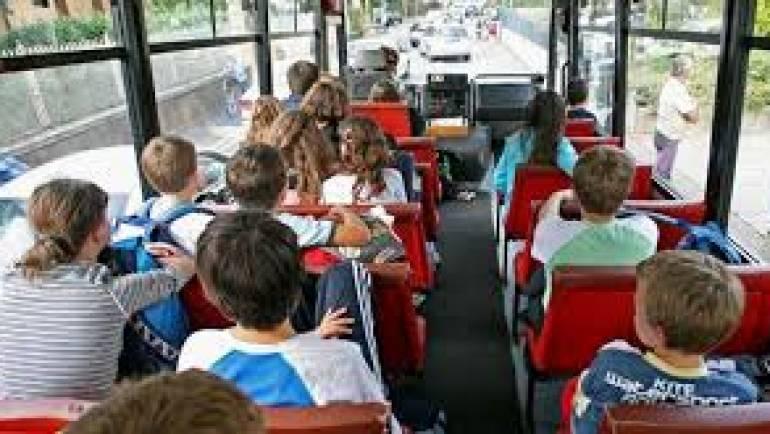 """""""Scuole Sicure"""" e controlli bus. Cinture bloccate e la gita non parte."""