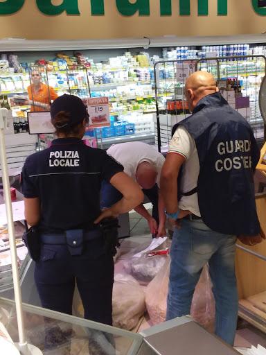Tutela dei consumatori: nuova operazione Guardia Costiera e Polizia Locale. Sequestrati oltre 150 Kg di prodotti ittici.